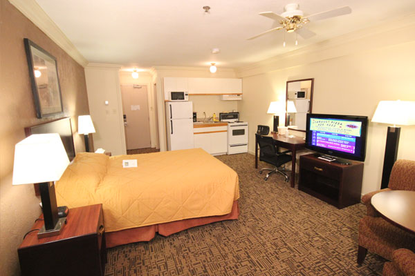 Friendly High Level Hotel With Kitchenettes Quality Inn